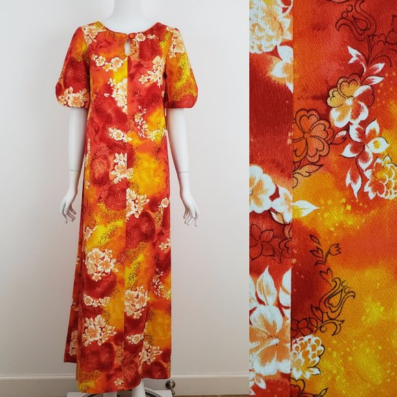 Vintage Dresses & Skirts - VINTAGE Hawaiian Floral A-Line Maxi Tiki Dress